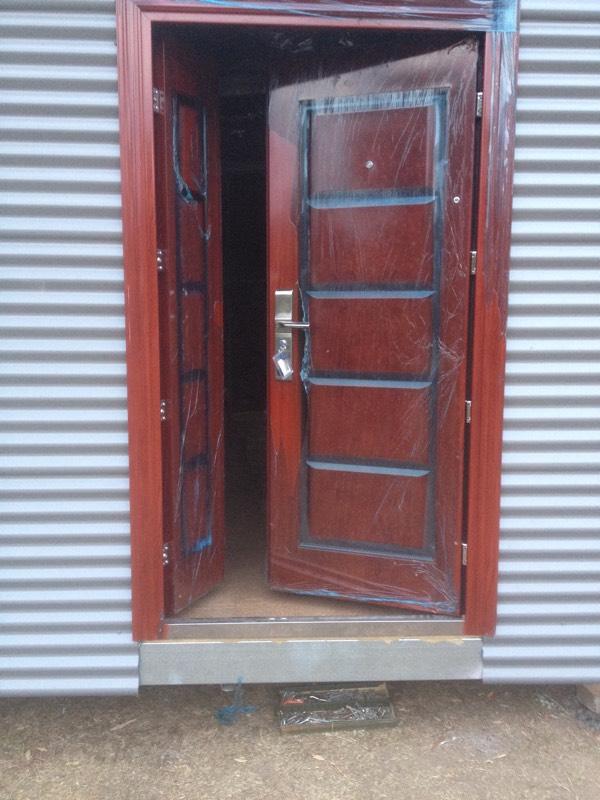 DIY Backyard Pod storage shed project - door instalation