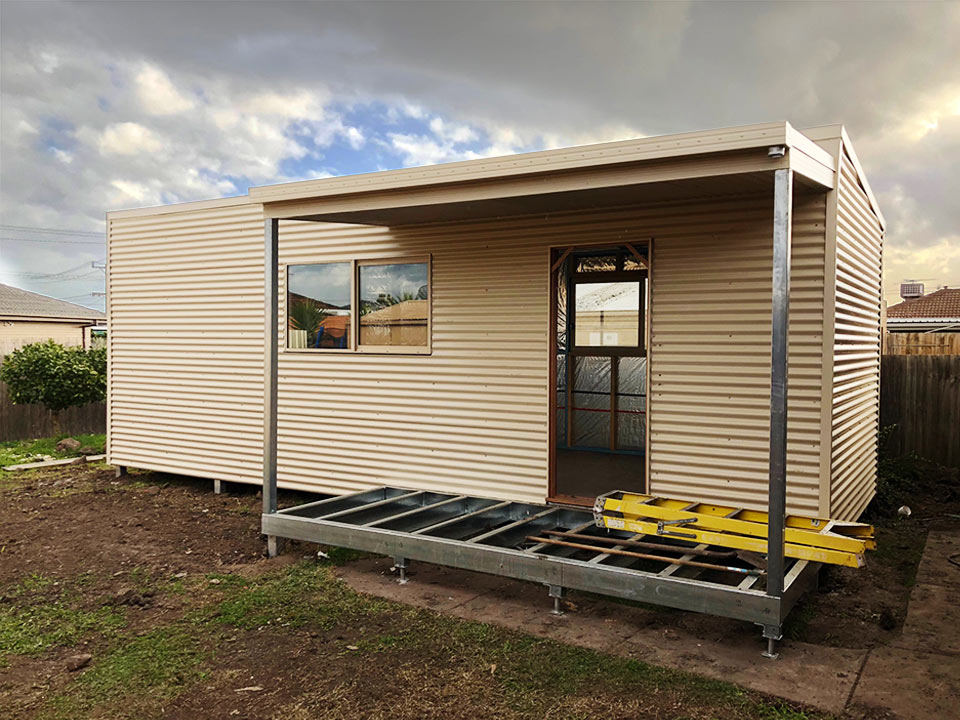 Jodi Holliwell - Lalor VIC - Backyard Pods case study