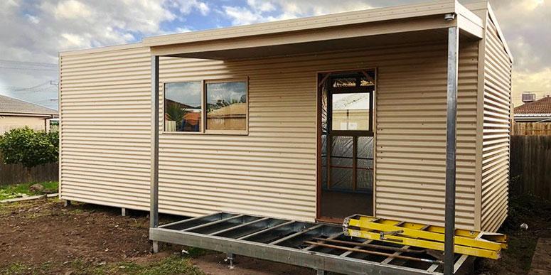 Backyards Pods granny flat with Veranda - suburban Melbourne