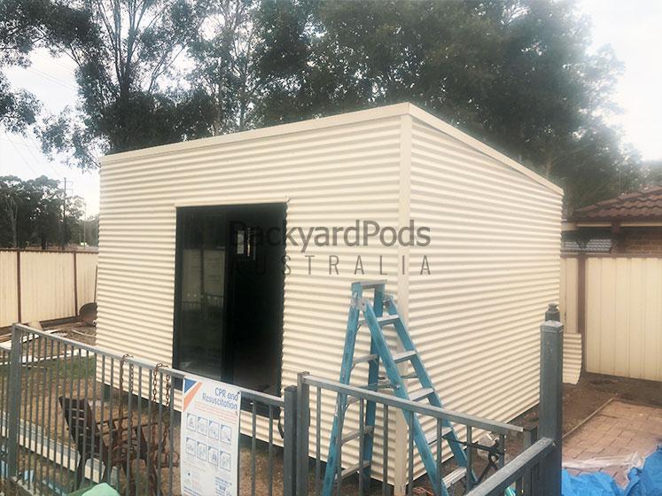 Poolside studio apartment with bathroom 4m x 5m installed - Cranebrook NSW