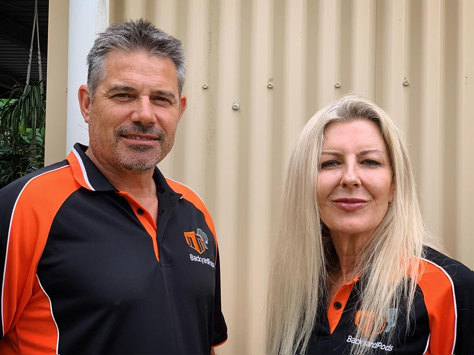 Backyard Pods founder, Mel, meets up with VIC associate installer, Renato